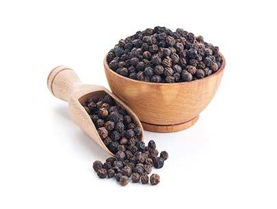 Buy Black Pepper (Kali Mirch)