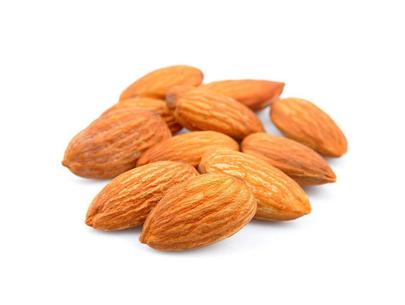 Kashmiri Rich in oil almonds